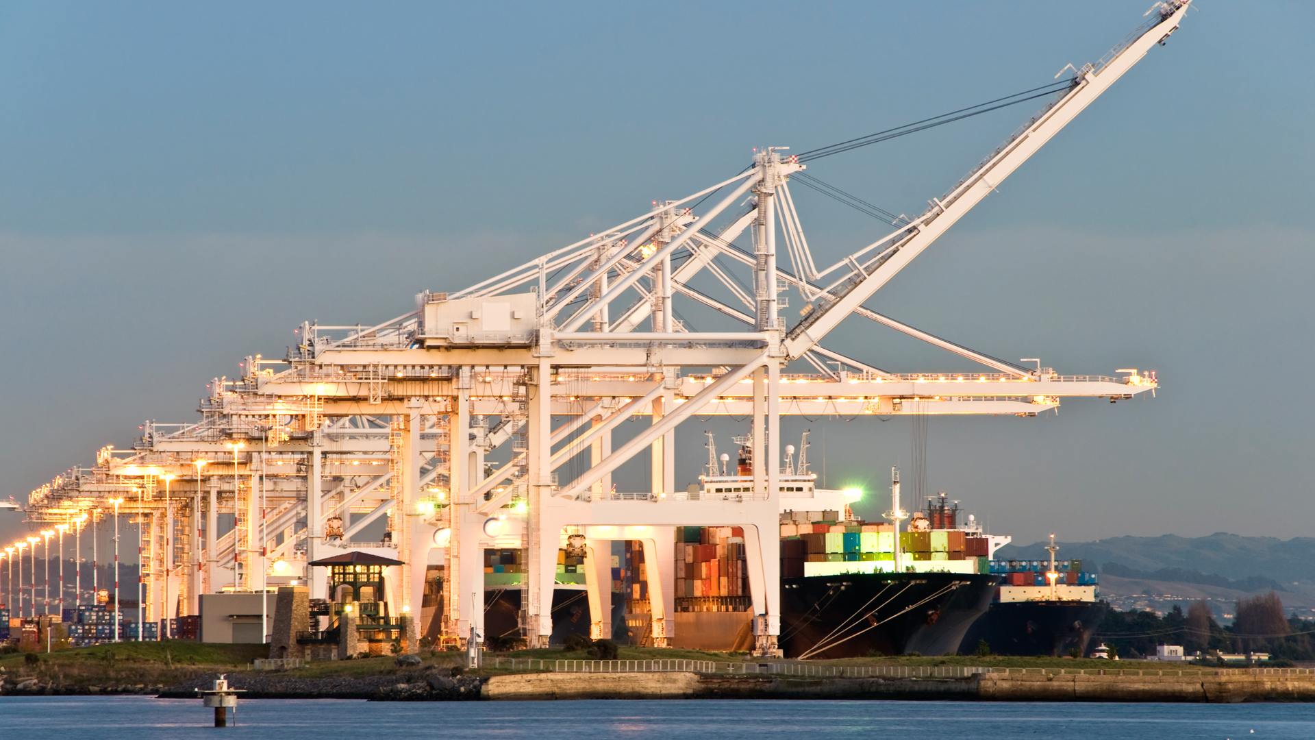 UWL - The Asset-Based Freight Forwarder - NVOCC - Bulk Liquid Logistics - Port of Oakland
