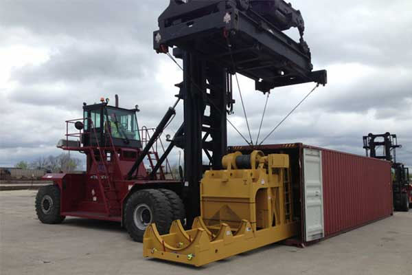 Heavy Lift and Out-of-Gauge Services - UWL