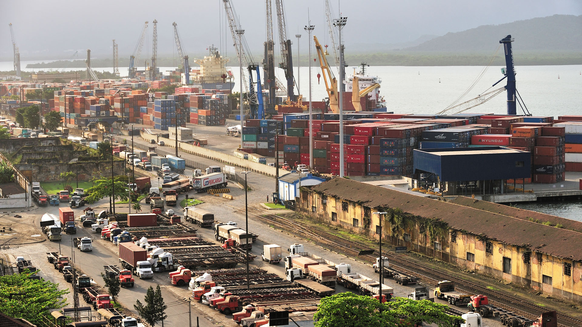 UWL - The Asset-Based Freight Forwarder - NVOCC - Latin America - Brazil - Santos