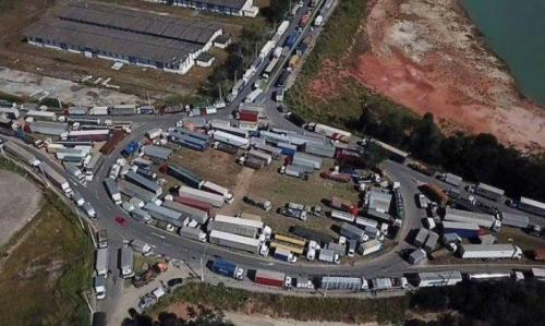 Brazil truckers strike in protest of rising diesel prices and unfair regulations.